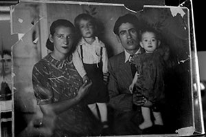 Frieda at 26 in Russia with son Allan, daughter Rita and late husband Chaim.