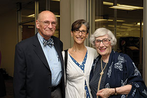 Louis Kaplan's son-in-law Efrem Potts, granddaughter JoHanna Potts and daughter Deborah Potts gather to celebrate the dedication of Kaplan's portrait. (Photo/Stuart Zolotorow)