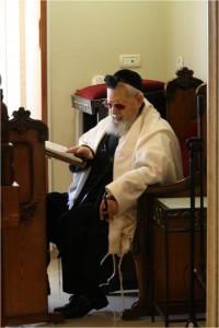 Ovadya Yosef (1)