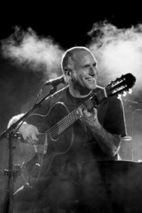 David Broza will bring his charismatic and energetic music to Jewish Baltimore later this month.