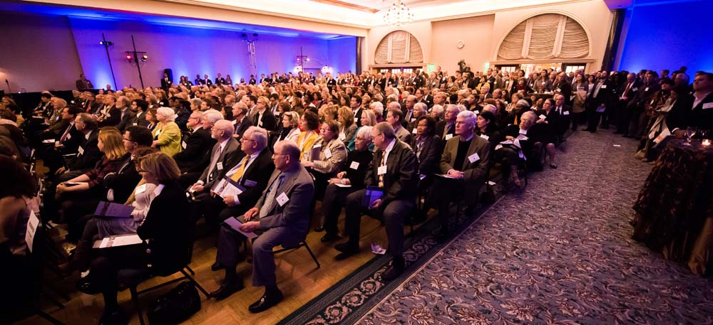 Nearly 1,000 people turned out for the Weinberg Foundation annual event. (Photo by David Stuck)