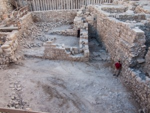 Researchers in Jerusalem discover a building dating back to the Hasmonean period.
