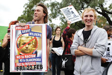 Australian protesters rally against Dutch politician Geert Wilders in Sydney in 2013. (Brendon Thorne/Getty Images)