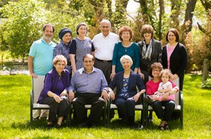 Members bring many strengths to the Chavurah. Top row, from left: Dick Goldman, Glenna Ross, Susan Coleman, Allan Pristoop, Shoshana Harris, Shirley Blumenfeld, Miriam Gerstenblith.  Bottom row, from left: Carol Pristoop, Shlomo Alima, Gail Lipsitz, Ann Andorsky and Meital Andorsky. (David Stuck)