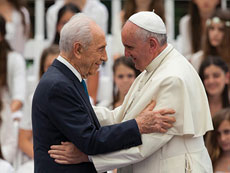 Pope Francis is greeted by Israeli president Shimon Peres at a ceremony held at the president's residence in Jerusalem. Pope Francis recently completed a three-day visit to Jordan, the West Bank and Israel. (Yonatan Sindel/FLASH90)