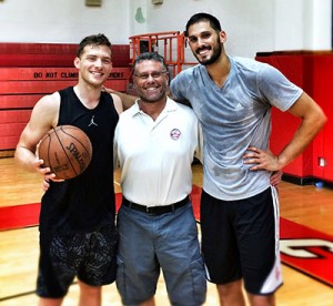 David Thorpe (center) has made a career out of helping NBA players improve their game, including Israelis Gal Mekel (left) and Omri Casspi.  Photo Courtesy of David Thorpe