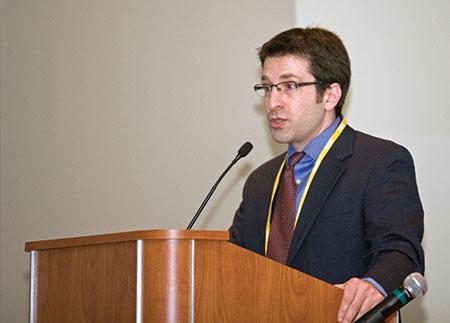 Dr. Natan Sachs (Marc Shapiro)