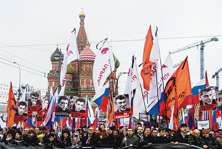 Thousands of demonstrators in Moscow protest the murder of Boris Nemtsov. (Alexander Aksakov/Getty Images)