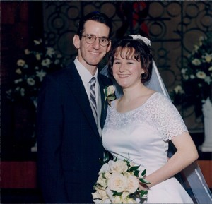 Karen & Aaron  Becker  First Meeting:  Camp Kanata (N.C.),  December 1987  Wedding Date:  Jan. 5, 1997  Venue:  Beth El Synagogue,  Durham, N.C.  Current Residence:  Brookeville, Md.  Favorite Activity:  Visiting museums