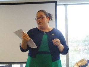 Elissa Schwartz, executive director of JCADA, speaks about the red flags of abuse at Hadassah's Rockville office. (Suzanne Pollak)