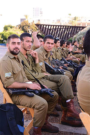 A veterans' organization is working to help Druze soldiers integrate into the Israeli workforce.