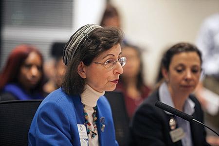 President of the Howard County Board of Rabbis, Rabbi Susan Grossman, testifies at the board of education meeting.  (Marc Shapiro)