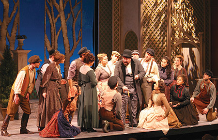 """The National Yiddish Theatre Folksbiene's """"Di Goldene Kale"""" (""""The Golden Bride"""") is a 1923 operetta that's playing at the Museum of Jewish Heritage in New York."""