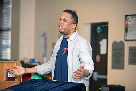 Writer, speaker and educator D. Watkins spoke to an  Advanced Placement Psychology class at Beth Tfiloh Dahan Community School.