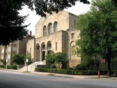 Beth Am Synagogue (Photo by David Stuck)