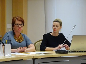 Lithuanian state tourism director Jurgita Kazlauskiene (left) gives  a presentation on Jewish historical sites at the Lithuanian Embassy  in Washington. (Daniel Schere)