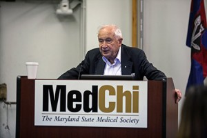 Israeli researcher Raphael Mechoulam spoke about medical cannabis in Baltimore on April 14. (Photo by Marc Shapiro)