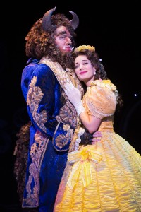 smsam_hartley_as_the_beast_and_brooke_quintana_as_belle_in_disneys_beauty_and_the_beast.__photo_by_matthew_murphy[5]