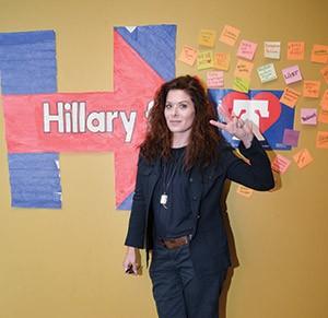 Debra Messing  (HD1/Hugh Dillon/WENN/Newscom)