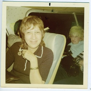 A member of the Sarah Ribakow chapter of the Mizrachi Women's Organization of America on a group-sponsored bus trip, circa 1970. (Snapshot: Courtesy of the Jewish Museum of Maryland, 2000.135.2.10)