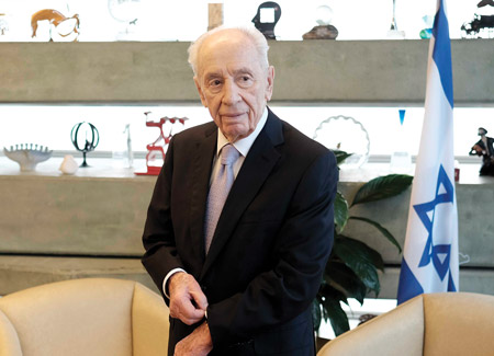 Shimon Peres, Israeli Founding Father and 'Soul of Israel,' Dies at 93