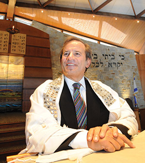 Rabbi Mitchell Wohlberg (file photo)