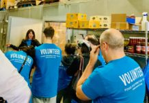 Volunteers at a food distribution center in New York run by the Met Council on Jewish Poverty. (Courtesy of Met Council)