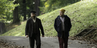 "Seth Rogen and Seth Rogen in ""An American Pickle"" (Hopper Stone)"
