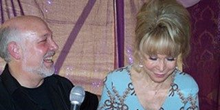 "Mark Gross interview Barbara Eden from ""I Dream of Jeannie."" Courtesy of Gross"