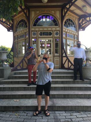 Rabbi Levi Druk trains shofar blowers