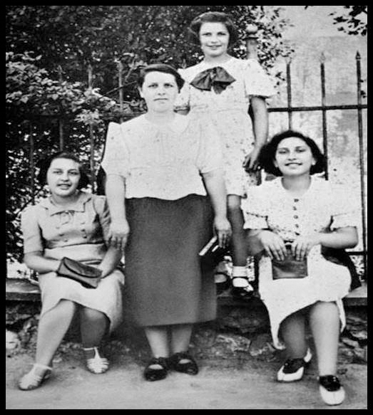 Hahn's grandmother, Lola (second from left), and her daughters, from left, Betty, Helen and Sydelle