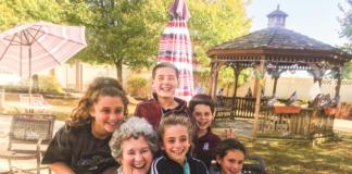 Idaline Lipsky with her grandchildren