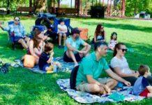Beth El at Federal Hill held an outdoor Rosh Hashanah service